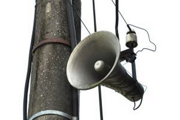 Obecný rozhlas dostane konkurenciu v podobe sms správ.
