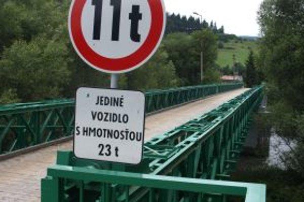 Most cez rieku Orava.