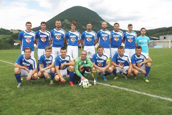 Víťaz 6. ligy 2017ú 2018 a nováčik 5. ligy Manín Podmanín.