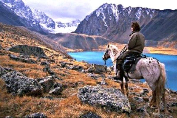 Medzi zaujímavé snímku patrí i film Vo vlčej koži po stopách Džingischána.