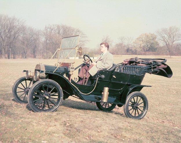 Ford Model T z roku 1908.