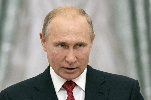 Kyjev kritizuje plánovanú účasť Putina na svadbe rakúskej ministerky
