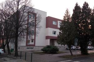 Bývalý hotel Sputnik sa zmenil na modernú bytovku.