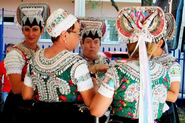 Na podujatí v Tlmačoch vystúpil v minulosti aj súbor z neďalekého Čajkova.
