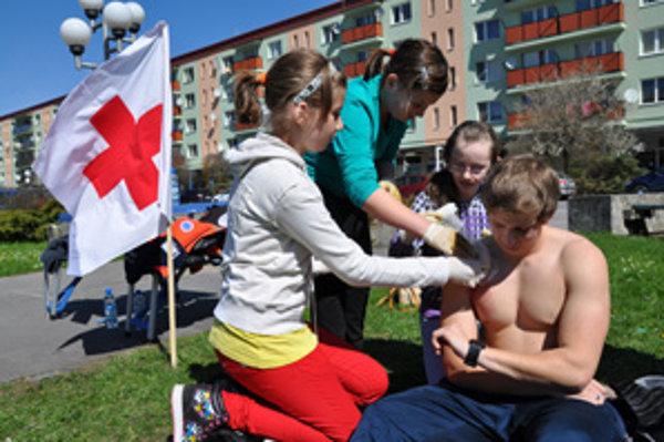 Súťažiaci z Brezy dokázali, že sú schopní poskytnúť prvú pomoc.