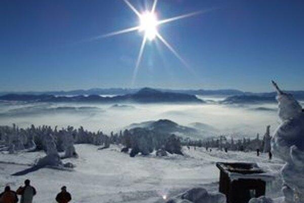 Na Kubínskej holi sa začne lyžovačka už v utorok.