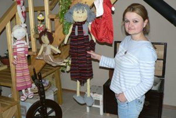 Monika Sviteková - jej handrové báby poznajú už aj v Kanade.