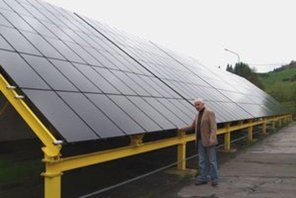 Jediná fotovoltaická elektráreň na strednom Slovensku stojí vo Vyšnom Kubíne.