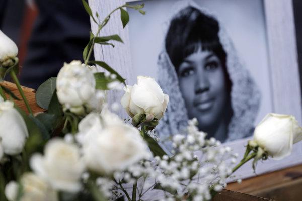 Arethu Franklinovú pochovajú 31. augusta v Detroide.
