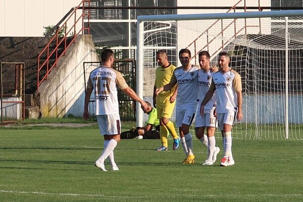 FC Žochári doma vyhrali 6:0.
