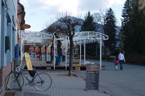 Najviac sezónnych terás býva na Hviezdoslavovom námestí.
