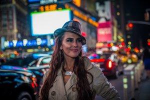 Juliett Novak v New Yorku.