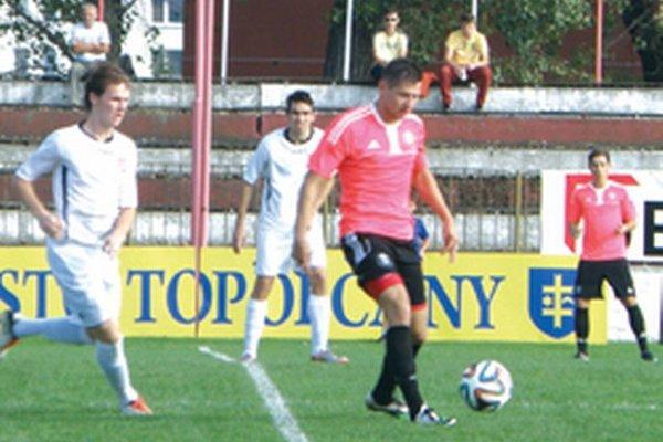 Skóre domáceho zápasu otvoril Tomáš Frťala.