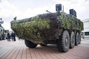 Bojové obrnené vozidlo 8x8.