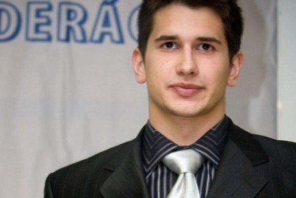 Tomáš Klobučník je odchovancom topoľčianskeho plávania.