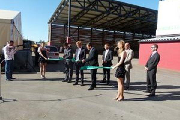 Slávnostné otvorenie novej elektrárne.