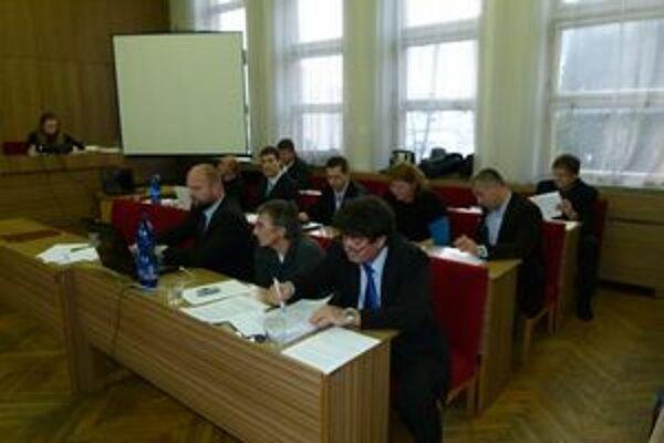 Poslanci schválili prijatie úverového rámca vo výške 3,1 milióna eur.