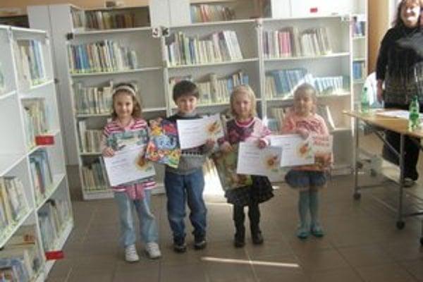 Do recitačných súťaží knižnice sa zapájajú aj škôlkari.