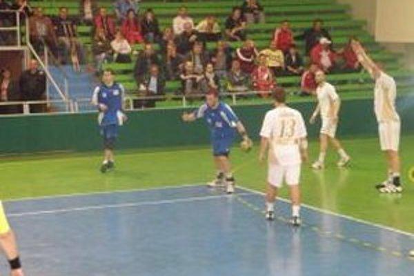 Topoľčany prehrali s Michalovcami oba zápasy.