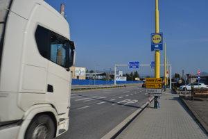 Tranzit z Košíc bude ešte týždeň prechádzať cez sídlisko Šváby.