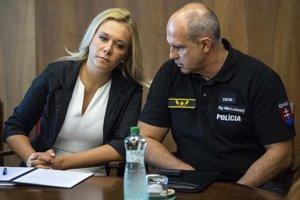 Ministerka vnútra SR Denisa Saková a prezident Policajného zboru SR Milan Lučanský.