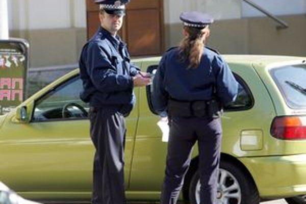 Mestských policajtov zavoláme zadarmo už iba z mobilu.