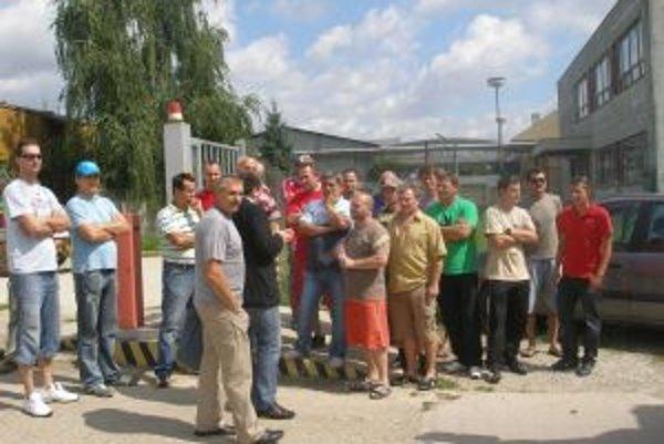 Živnostníci kvôli svojim výplatám štrajkovali.