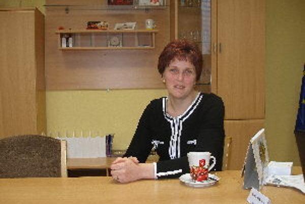 Nová starostka Ludaníc Ľubica Petráková dozerá na to, aby sa začaté projektya načas dokončili.
