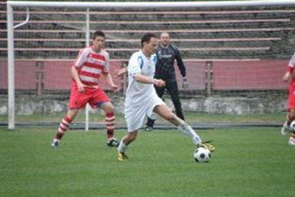 Futbalisti Solčian prehrali vonku rozdielom triedy.