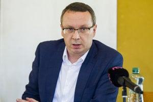 Šéf poslaneckého klubu SNS Tibor Bernaťák.