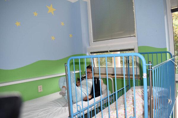 Jedna z izieb pre najmenších pacientov, ktoré kompletne prestavali.