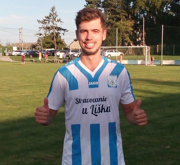 Nový muž v drese Zbehov Jakub Záhon dvoma gólmi rozhodol o víťazstve v Ivanke.