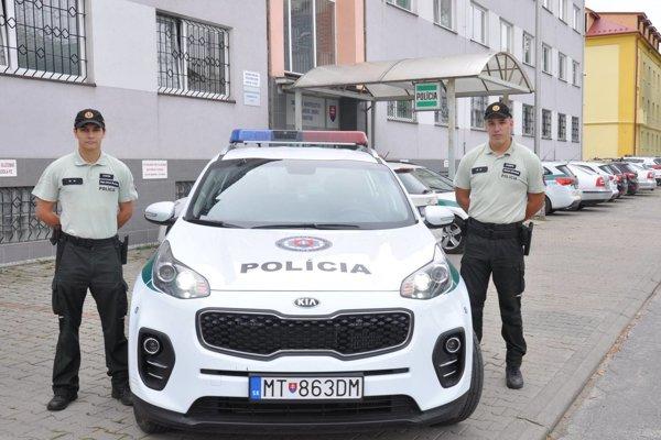 Martinskí policajti pomohli stratenému mužovi.