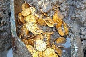 Mince musia z nádoby odstraňovať po jednej.
