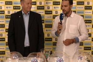 Miroslav Richtárik (vľavo) vyžreboval dvojice 4. kola pohárovej súťaže.