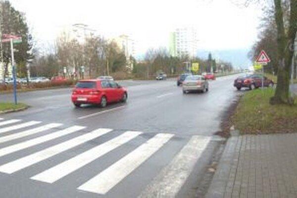 Na vozovke v širšom centre mesta sa stalo najviac dopravných nehôd.