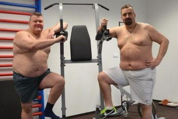 Igor Húska (vľavo) aj Martin Hudec, chcú motivovať tých, ktorí sa za svoje telo hanbia.