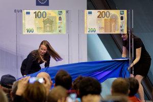 Nové bankovky predstavili v Európskej centrálnej banke vo Frankfurte nad Mohanom.