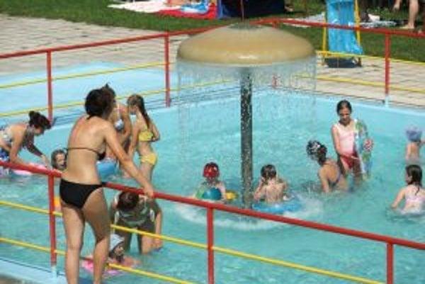 Termálne kúpalisko Vieska sa už 35 rokov teší veľkej obľube.
