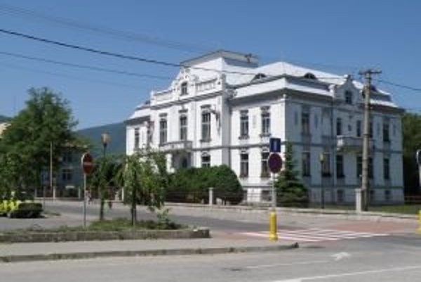 Vrútocká radnica obdržala protest prokurátora.