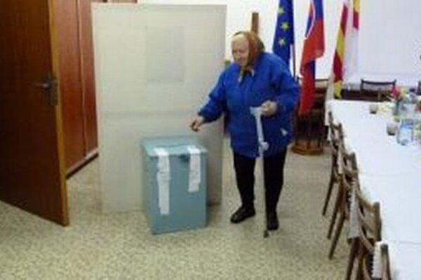 Pani Mária z Beníc si myslí, že voliť treba ísť.