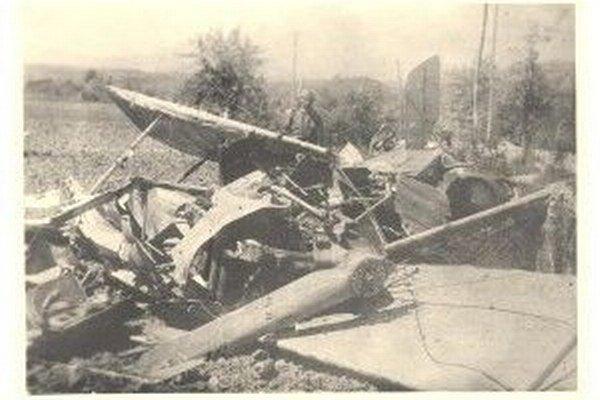 Štefánikovo havarované lietadlo.