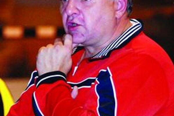 Jozefovi Mujgošovi pribudli povinnosti. Okrem trénerskych aj funkcionárske.