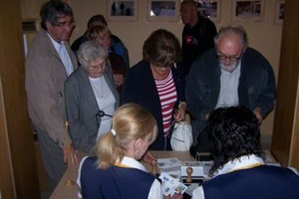 Zberatelia si dnes mohli v Martine zadovážiť príležitostnú známku a pečiatku venovanú 150. výročiu Memoranda.
