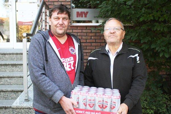 V 7. kole vyhral kartón piva Vladimír Kováč st. z Loviec. Prišiel aj so synom Vladom.