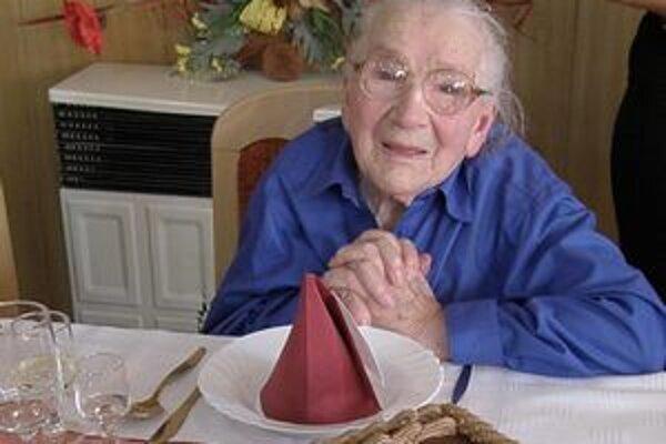Anna Kamienová. Pred rokom jej rodina zorganizovala veľkú hostinu, tieto narodeniny oslávi v menšom kruhu.