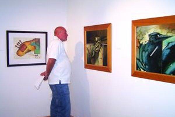 Z výstavy Fera Kalinu v martinskej Turčianskej galérii.