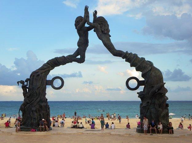 Pláž Playa del Carmen.