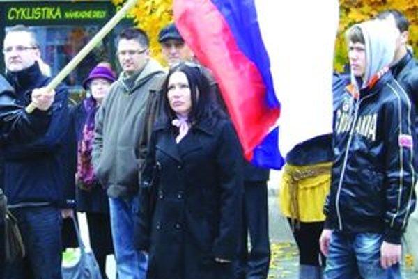 Vyhlásenie Martinskej deklarácie si pripomenulo na námestí v Martine asi 40 ľudí.