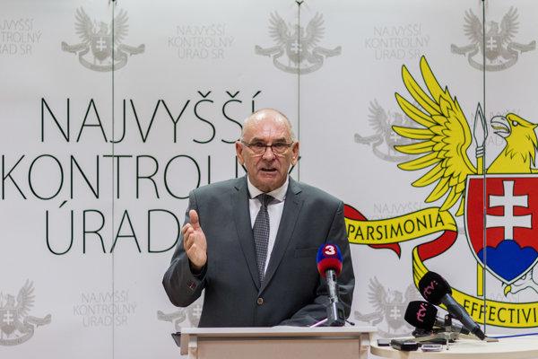 Predseda NKÚ Karol Mitrík.